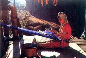 Hand Weaving in Chiang Mai